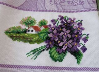 Asciugapiatto con violette