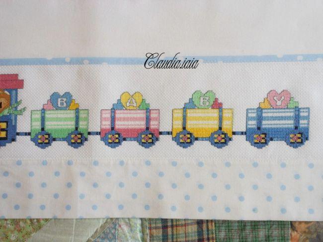 Lenzuolino locomotiva e trenino baby 4 dall 39 album di for Punto croce trenino