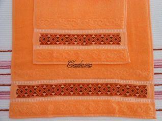 Coppia asciugamani salmone con greca_2
