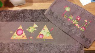 Coppia asciugamani astratti