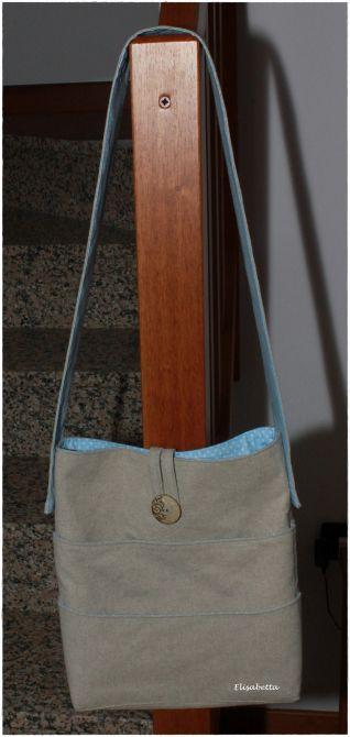 borsa tracolla con tasche