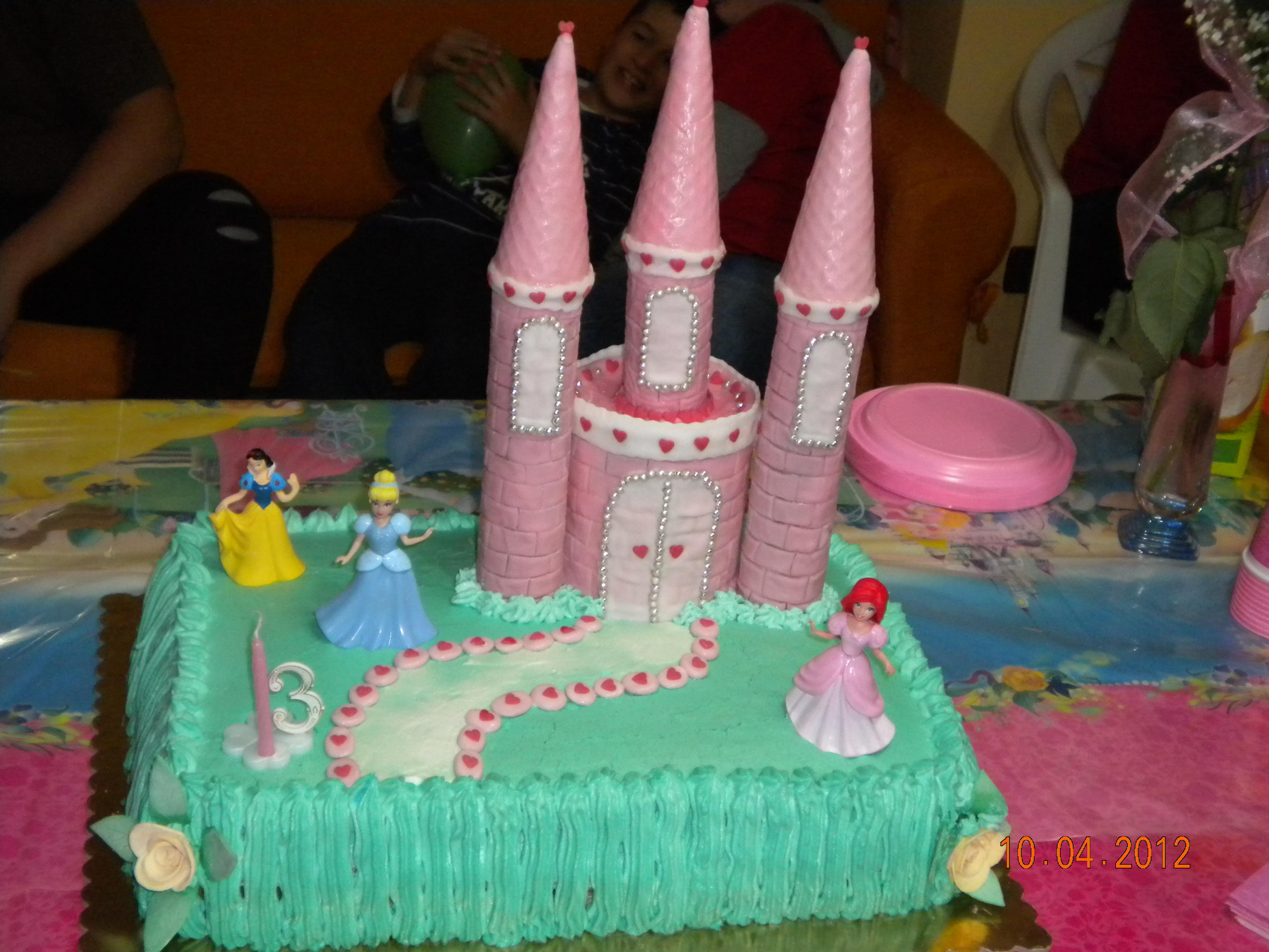 torte di principesse torta principesse : Torta Castello Delle Principesse Inserita Il 27 Maggio 2012 Alle 1530