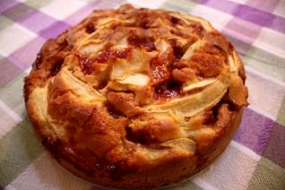 torta di mele per festeggiare l'ingresso nel top album
