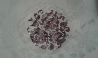Tovaglietta .. fiori bordeaux - 02