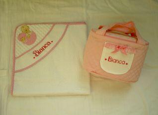 Accappatoio e Beauty case per Bianca