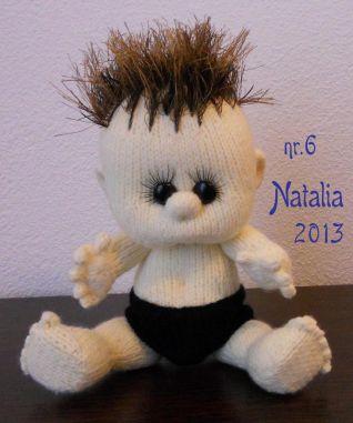 Bambola a maglia - nr. 6 - altezza 23 cm