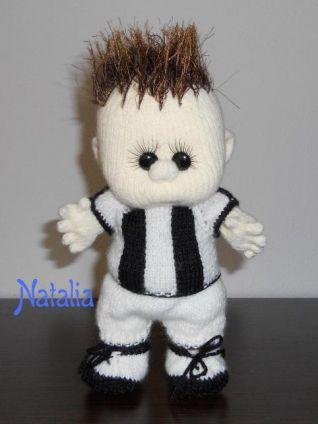 Bambola a maglia - nr. 6 - baby calciatore Juve