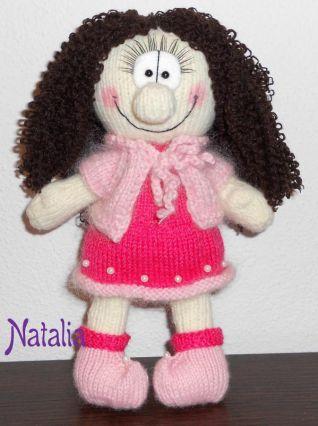Bambola sorridente a maglia