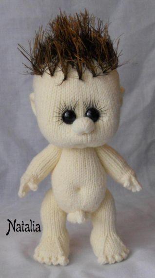 Bambolotto a maglia - nr. 8 sta in piedi da solo