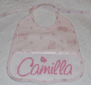 Bavaglino con il nome Camilla