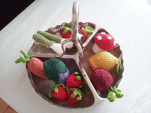 Frutta Uncinetto Schemi Amigurumi : Speciale Moda Donna primavera estate: Frutta all uncinetto
