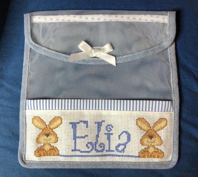 Porta bavaglini per Elia