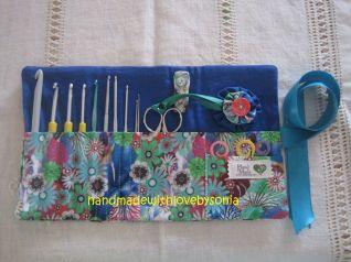 Porta Uncinetti e trovaforbici con fiore yo-yo_completo di uncinetti