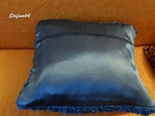Cuscino con la lana a frange 2