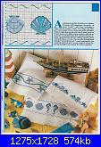 Bordi per bambini (lenzuolini ed altro) schemi e link-asciugamani-con-conchiglie-e-soggetti-marini-1-jpg