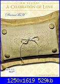 Cuscinetti portafedi* ( Vedi MATRIMONIO ) - schemi e link-celebration-love-jpg