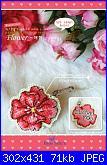 Accessori Vari - porta e trovaforbici  - porta-aghi - schemi e link-blue-stitch-3-310-flower-01-jpg