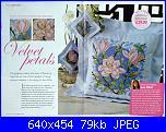 Cuscini,Pillows,Almofadas,Coussins* - schemi e link-velvet-petals-jpg