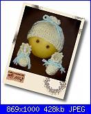 Ably - I miei lavori all'uncinetto-scarpine-e-cappellino-giallo-verde_2a-jpg