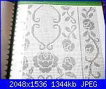 Centri centrini e tovaglie-p1010509-jpg