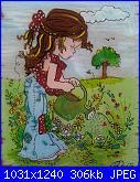 Schema  Sarah Kay con annaffiatoio-sarahkay-bimba-annaffiatoio-jpg