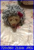 Foto sal impariamo il punto pelliccia - una pecora amigurumi-image-jpg