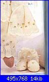 scarpette e cappellino neonato-completino-bianco-jpg