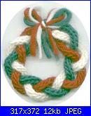 NATALE A MAGLIA-foto-schemi-punti-decorazioni-wreath-jpg