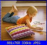 25 cushions to knit-Debbie Abrahams-page_0052-jpg