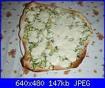 Pizza zucchine e mozzarella-pb290064-jpg