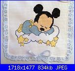 Baby Topolino che dorme sulla nuvola-copertina-azzurra-con-topolino-che-dorme-su-nuvola-jpg