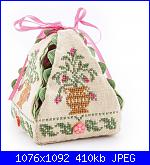 sal : scatolina di petali con cuscino puntaspilli-imm2-jpg