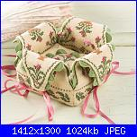 sal : scatolina di petali con cuscino puntaspilli-imm1-jpg