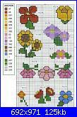 Piccoli schemi di fiori-01-3-%7E1_22a-jpg
