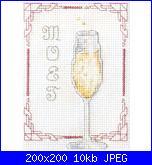 Bottiglia spumante e bicchieri-champagne_200-jpg