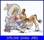 Natale-dziewczynka-z-kr%C3%B3wk-jpg