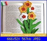 I pattern del LittleOwelsHut in italiano-cover-049it-daffodil-bookmark-crochet-pattern-littleowlshut-amigurumi-zabelina-jpg