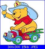 winnie gif-pooh_en_camion_bomberos-jpg