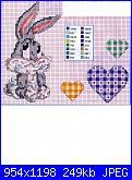Schema Bux bunny baby con le mani poggiate sulle guance-img218-jpg