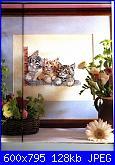 gatto nella ghirlandina-3gattini-jpg