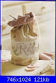 Romantico cuscino con rose-rose-sacc3-jpg