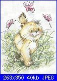 schemi da condividere :-)-gatto_tra_farfalle1-jpg