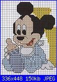 Cerco schemi con personaggi Disney per lenzuolino-baby_topolino_biberon-jpg
