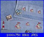 Asciugamani lilla ... cosa ricamo?-20309696945_b1dc844f5c_b-compressed-jpg