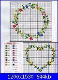 spero che questi vadano vede-cerchio-e-cuore-di-fiori-%5B1600x1200%5D-jpg