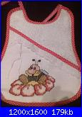 lumacary: I ricami di MARY-bavaglino-ape-jpg