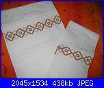 Alcuni dei miei ricami - luisangela85-asciugamani-marroni-jpg