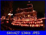 Mercoledì 31 ottobre 2018-pumpkin-house-jpg