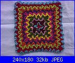 Wiggly Crochet: video tutorial,schema,spiegazioni,suggerimenti,idee & modelli...-wiggly-crochet-mattonella-multicolor-jpg