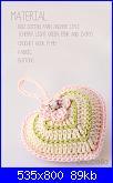 Aiuto per Cuore Amigurumi-ivory-green-pink-crochet-heart-3bis-jpg